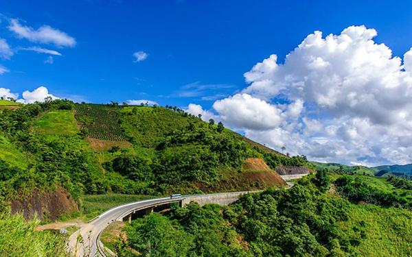Choáng ngợp trước vẻ đẹp của khu du lịch Điện Biên