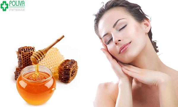 Cung cấp ẩm cho da bằng mặt nạ mật ong