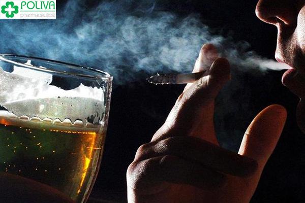 Sử dụng vô độ các chất kích thích, rượu bia và thuốc lá