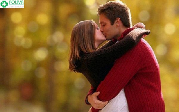 Con trai thích được con gái hôn theo cách nào?