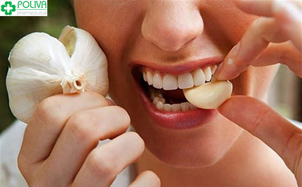 Tỏi có công dụng làm giảm đau răng sâu, răng khôn