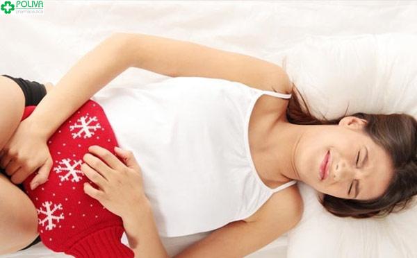 Đau ngực trước hành kinh khoảng 1 tuần và khi kinh nguyệt ra thì bạn nữ thường thấy đau bụng.