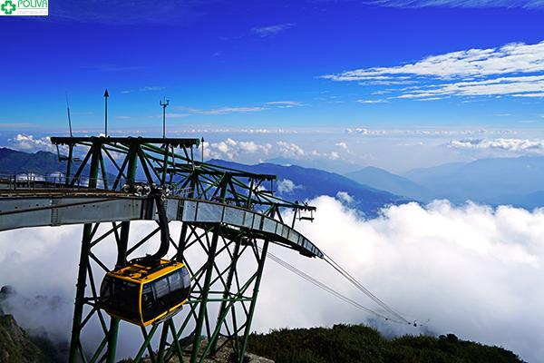 Cáp treo lên đỉnh Phanxipang