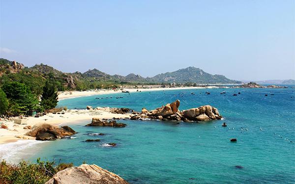 7 lý do khiến đảo Cô Tô trở thành điểm du lịch hấp dẫn nhất hè này