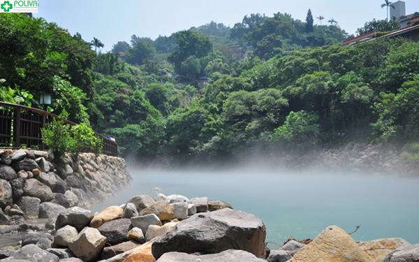 Cảnh sắc tại suối đẹp tựa cõi thần tiên