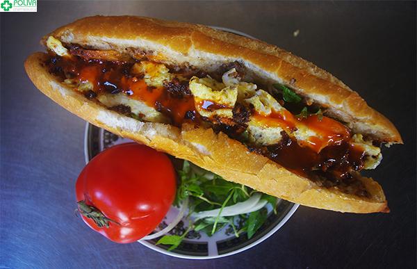 Bánh mì Hội An hấp dẫn khách du lịch bởi hương vị độc đáo