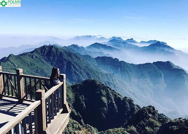 Đứng trên Cổng Trời lặng ngắm đèo Ô Quy Hồ