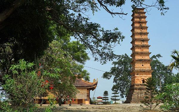 Tháp Bình Sơn: Kiệt tác kiến trúc cổ kính trong lòng Vĩnh Phúc