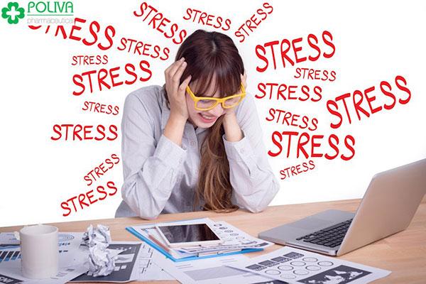 Stress cũng khiến phụ nữ bị rối loạn kinh nguyệt