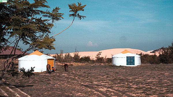 Những chiếc lều du mục ở Làng Mông Cổ