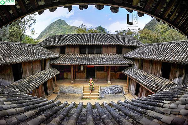 Những nếp nhà cổ ở Phố cổ Đồng Văn