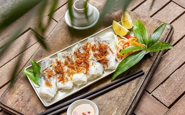 """Muốn ăn bánh cuốn Thanh Trì """"chuẩn ngon"""" đến quán nào Hà Nội?"""