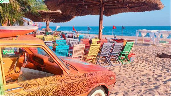 Màu sắc tràn ngập trên bãi Coco Beach