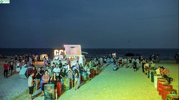 Coco Beach Camp vào mỗi tối thứ 7 với không khí náo nhiệt