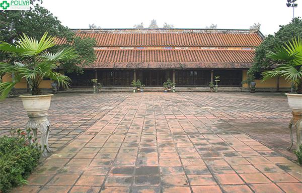 Cũng Diện Thọ - nơi ở của Hoàng Thái Hậu khi xưa.