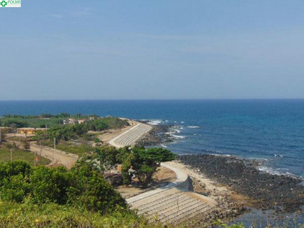 Cảnh quan tự nhiên đẹp nhất trên đảo không gì khác ngoài bến Nghè