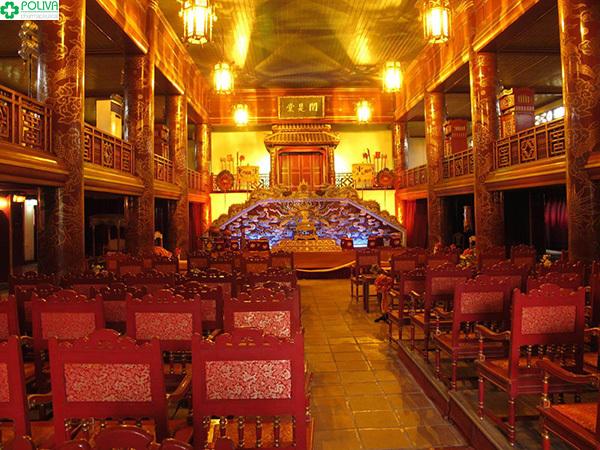 Duyệt Thị Đường lộng lẫy, là nơi ca hát và giải trí của vua cùng cung tần mỹ nữ chốn hậu cung.