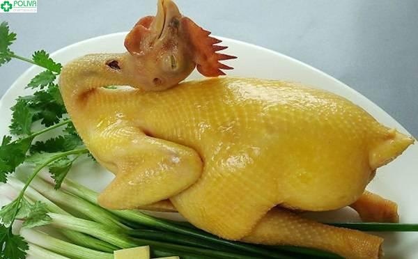 Đừng bỏ qua đặc sản gà ri luộc bạn nhé!