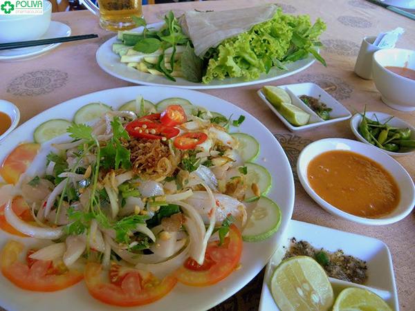 Gỏi cá mai được xem là đặc sản Ninh Thuận.
