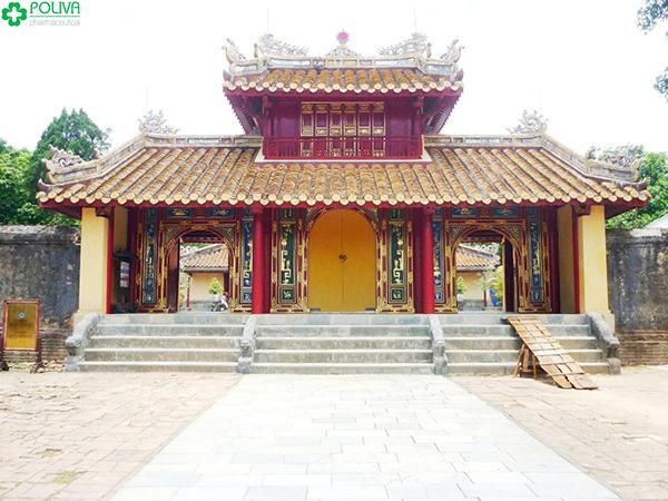 Hiển Đức Môn Lăng Minh Mạng.
