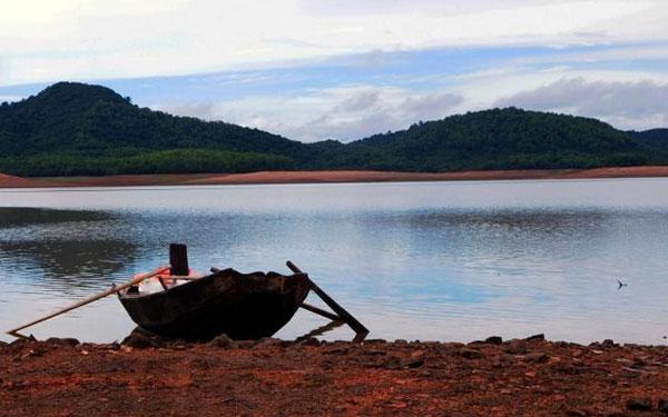 Hồ Kẻ Gỗ: Nét mộng mơ quyến rũ của vùng đất Hà Tĩnh