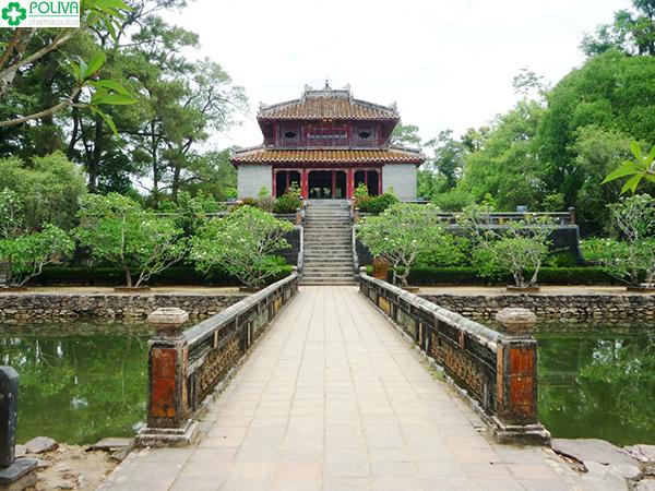 Vẻ đẹp cổ kính của Lăng Minh Mạng.