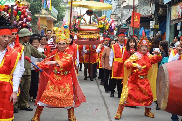 Lễ rước là hoạt động thu hút được nhiều sự quan tâm nhất của lễ hội.