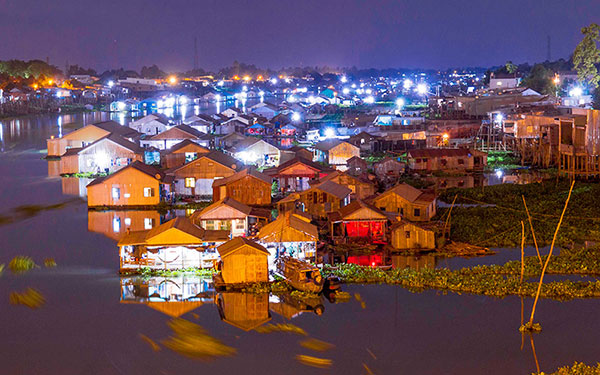 làng nổi Châu Đốc