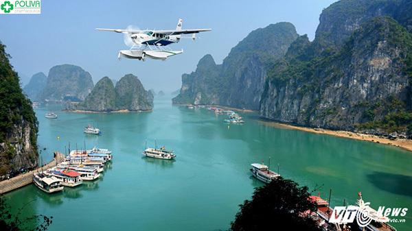 Trải nghiệm di chuyển bằng thủy phi cơ sẽ vô cùng khó quên và thú vị.