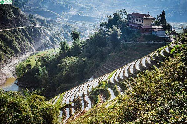 Cảnh ruộng bậc thang mùa nước đổ đẹp ngây ngất