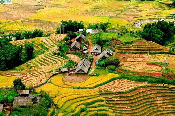 Bạn có thể tới thăm quan và tìm hiểu về bản làng của người dân tộc