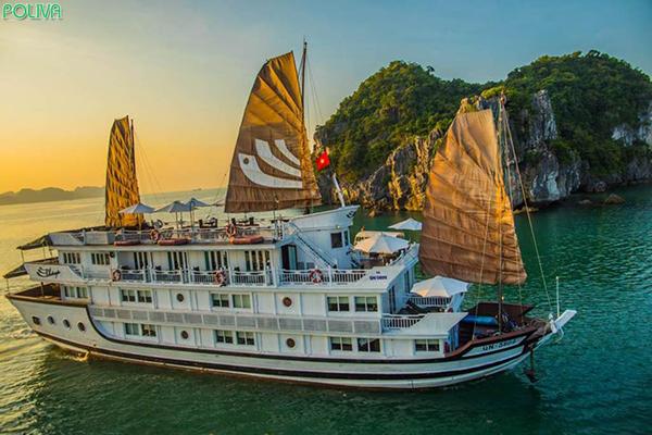 Du thuyền HaLong Bhaya Cruise sang trọng, tiện nghi bậc nhất.