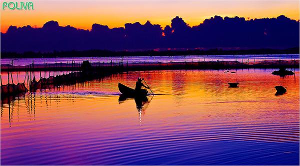 Vẻ đẹp của vùng sông nước đầm Ô Loan.