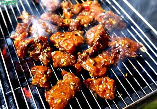 Bò nướng Lạc Cảnh là món ăn hấp dẫn bạn không thể bỏ qua.