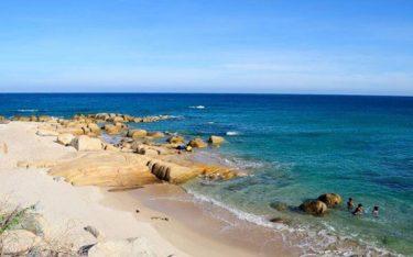 Về biển Khai Long lặng ngắm vẻ đẹp tổng hòa của biển rừng