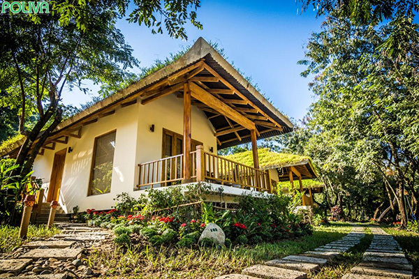 Khu nghỉ dưỡng Ba Hồ có các bungalow tuyệt đẹp.
