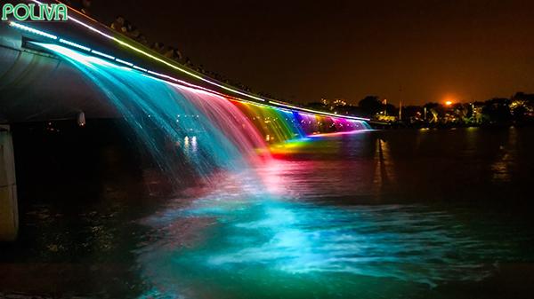 Cầu Ánh Sao tuyệt đẹp vào ban đêm.