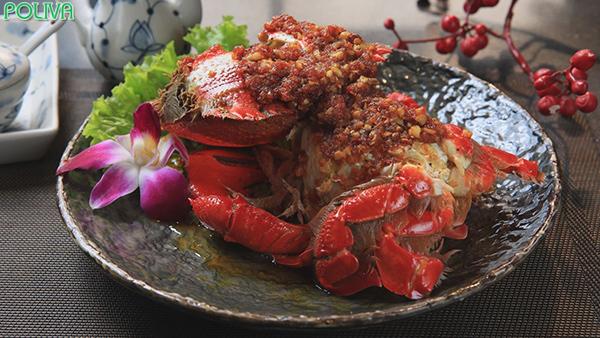 Cua Huỳnh Đế là hải sản hiếm và tuyệt ngon.