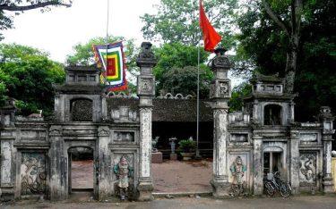 Khám phá đền suối Mỡ linh thiêng nơi vùng đất Bắc Giang