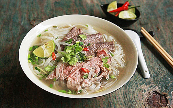 Phở bò Nam Định – Đặc sản gia truyền nổi tiếng đất Bắc