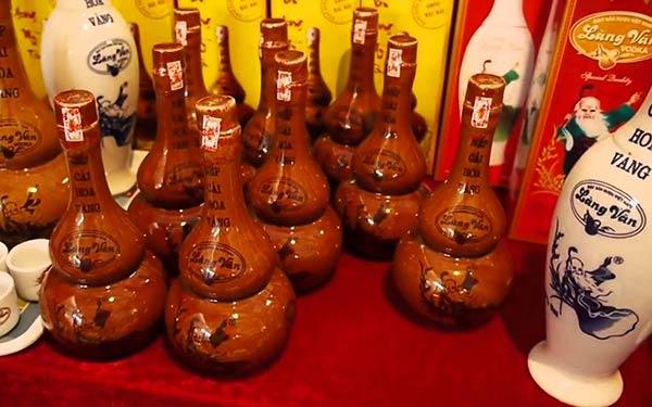 Rượu làng Vân uống không say, không mê mới lạ