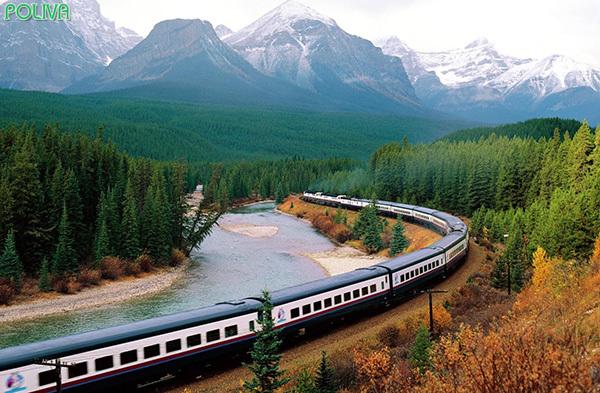 Bạn cũng có thể tiết kiệm chi phí bằng cách di chuyển bằng tàu hỏa.