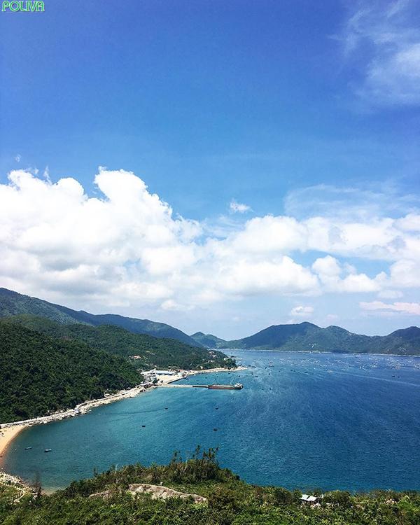 Vẻ đẹp vịnh biển là món quà mà thiên nhiên ban tặng cho nơi đây.