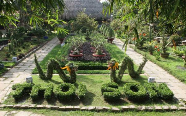 Khuôn viên cù lao Thới Sơn