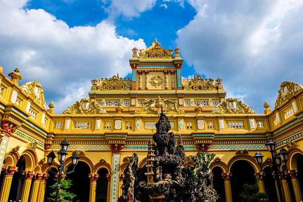 Ngôi chùa với kiến trúc cổ kính