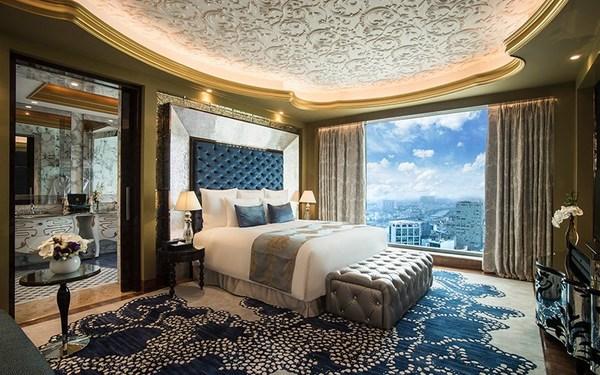 Không gian phòng ngủ có tầm nhìn thoáng rộng bao quát toàn thành phố