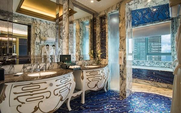 Thiết kế nội thất phòng tắm hoàng gia sang chảnh