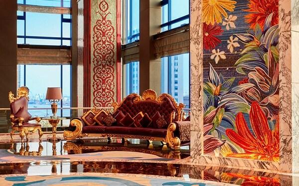 Bộ ghế sofa đồ sộ của thương hiệu nội thất Colombostile bằng da đà điểu