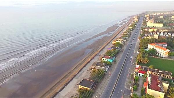 Biển được nhìn từ trên cao