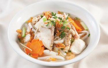 Top 5 địa chỉ bán bánh canh cá lóc cực ngontại Huế